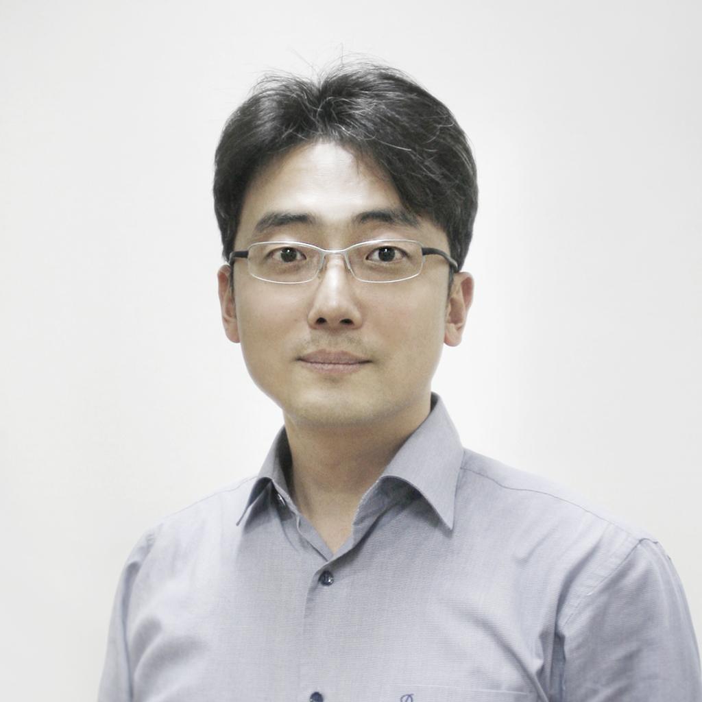 Seong Kim-1